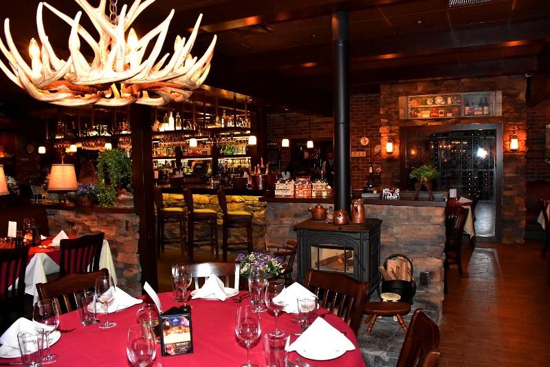 Little chalet boca raton restaurant review savor for Fish restaurants in boca raton
