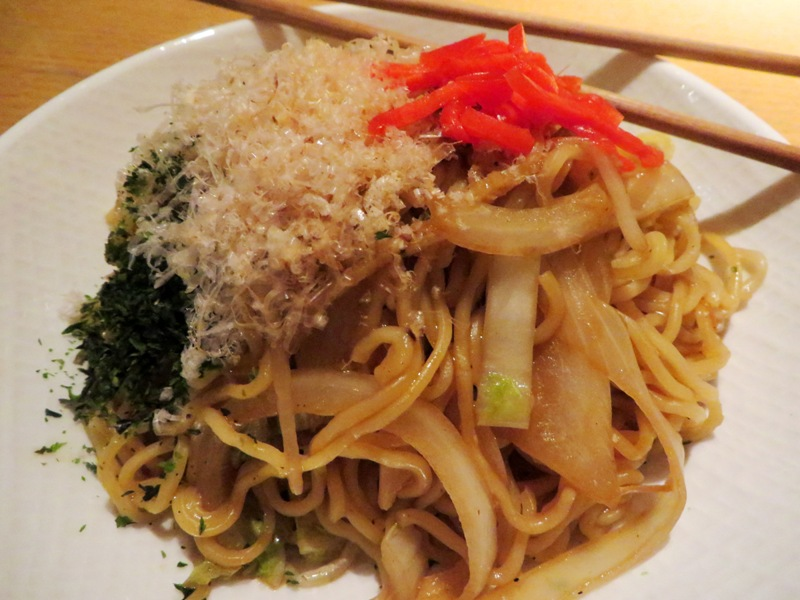 Sushi Garage - Happy Hour – Miami - yaki soba noddles @fooddrunkie